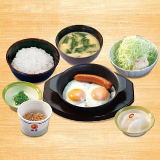 ソーセージエッグ定食(納豆)