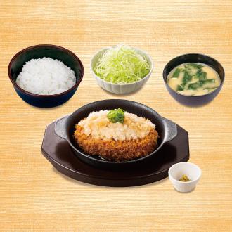 松のや ごちそうハンバーグ定食(おろしソース)