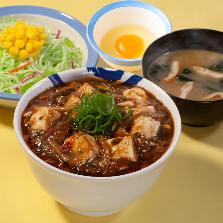 めちゃ大盛麻婆豆腐丼生野菜生玉子セット