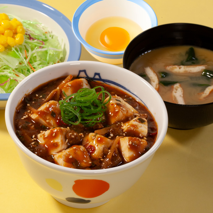 麻婆豆腐丼生野菜生玉子セット